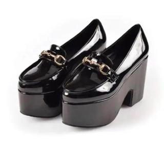 エブリン(evelyn)のevelyn ローファー Mサイズ(ローファー/革靴)