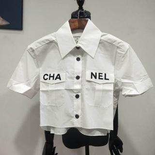 シャネル(CHANEL)のCHANEL 19SS 超レア♡ロゴ ショートブラウス(シャツ/ブラウス(半袖/袖なし))