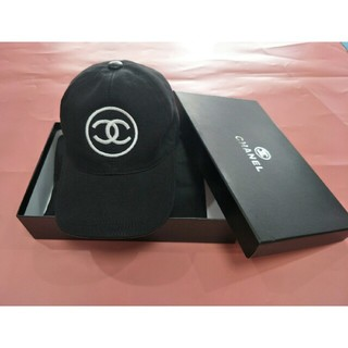 シャネル(CHANEL)のCHANEL シャネル 野球 キャップ ブラック 刺繍ロゴ  男女兼用 (キャップ)