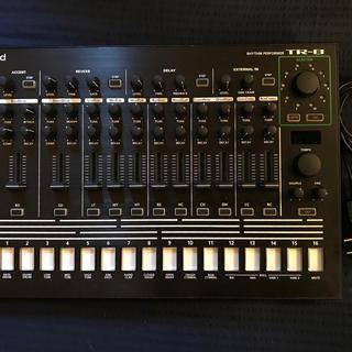 Roland TR-8 ドラムマシン TR-606/707/727拡張済