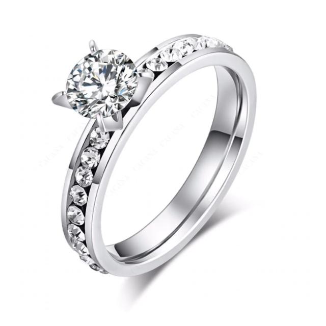 CZクリスタルファッションリング(シルバー) レディースのアクセサリー(リング(指輪))の商品写真