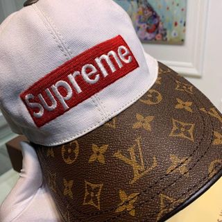 ルイヴィトン(LOUIS VUITTON)のLOUISVUITTON x supreme(キャップ)