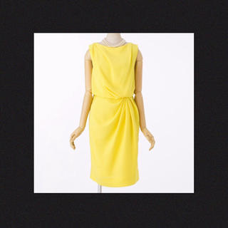 グレースコンチネンタル(GRACE CONTINENTAL)の美品✨グレースコンチネンタル イエロー ドレープ ドレス ワンピース 結婚式(ミディアムドレス)