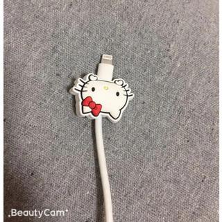 ハローキティ(ハローキティ)のiPhone充電器 ケーブル保護カバーサンリオ キティーちゃん(バッテリー/充電器)