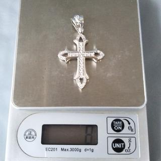 アヴァランチ(AVALANCHE)のアバランチ 10k wg クロス ペンダント(ネックレス)
