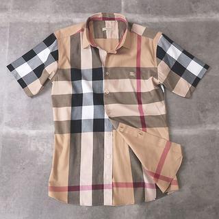 バーバリー(BURBERRY)のバーバリー メガノバチェック◎半袖シャツ ホース刺繍入り◎ベージュ M(シャツ)