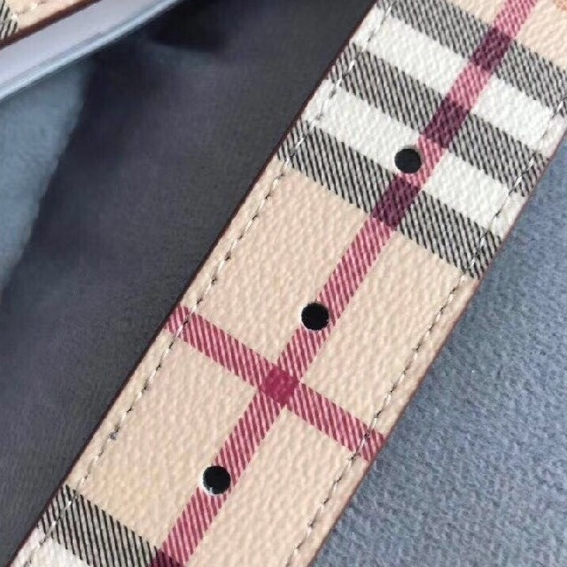 BURBERRY(バーバリー)のバーバリー ベルト レディースのファッション小物(ベルト)の商品写真