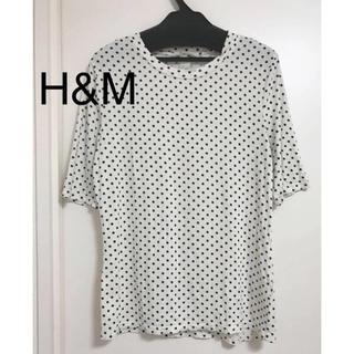 エイチアンドエム(H&M)のH&M エイチアンドエム ドット柄 丸首 半袖 tシャツ 5部袖 クルーネック(Tシャツ(半袖/袖なし))