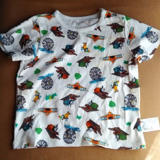 ユニクロ(UNIQLO)のトーマスの半袖パジャマ上のみ(パジャマ)