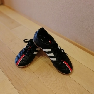 アディダス(adidas)のadidas フットサルシューズ キッズ (スニーカー)