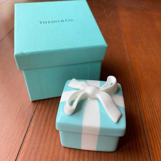 ティファニー(Tiffany & Co.)の◼️美品◼️Tiffany&Co. ミニーブルーボウボックス(陶器小物入れ)(小物入れ)