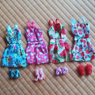 Barbie - ドレスとくつのセット