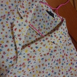 ラクテン(Rakuten)の丸襟ブラウス レディース トップス ブラウス シャツ  花柄 半袖 丸襟   (シャツ/ブラウス(半袖/袖なし))