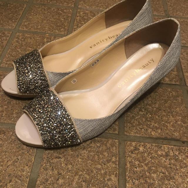 vanitybeauty(バニティービューティー)のパンプス シルバー レディースの靴/シューズ(ハイヒール/パンプス)の商品写真