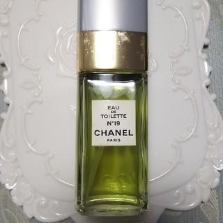 シャネル(CHANEL)のCHANEL シャネル No.19オードトワレ 100ミリ スプレー(化粧下地)