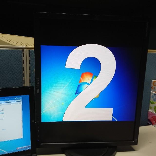 SAMSUNG(サムスン)のUSBディスプレイ★19インチ スマホ/家電/カメラのPC/タブレット(ディスプレイ)の商品写真