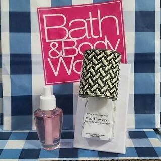 バスアンドボディーワークス(Bath & Body Works)のバスアンドボディワークス ウォールフラワープラグ&リフィルセット(アロマポット/アロマランプ/芳香器)