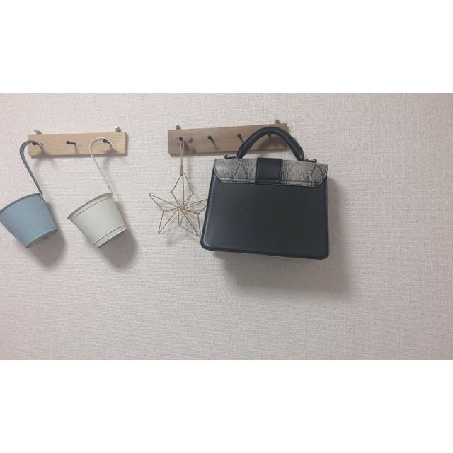 ZARA(ザラ)のパイソン ハンドバッグ レディースのバッグ(ハンドバッグ)の商品写真