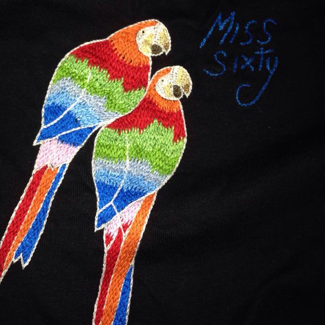 MISS SIXTY(ミスシックスティ)のMISS SIXTY 黒タンクトップ レディースのトップス(タンクトップ)の商品写真