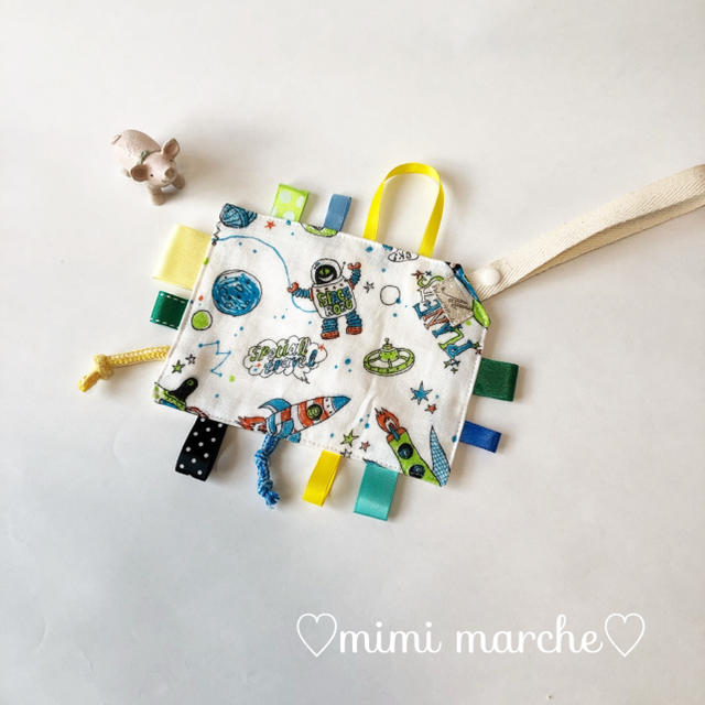 ベビーが大好きカシャカシャおもちゃ☆宇宙旅行ホワイト キッズ/ベビー/マタニティのおもちゃ(知育玩具)の商品写真