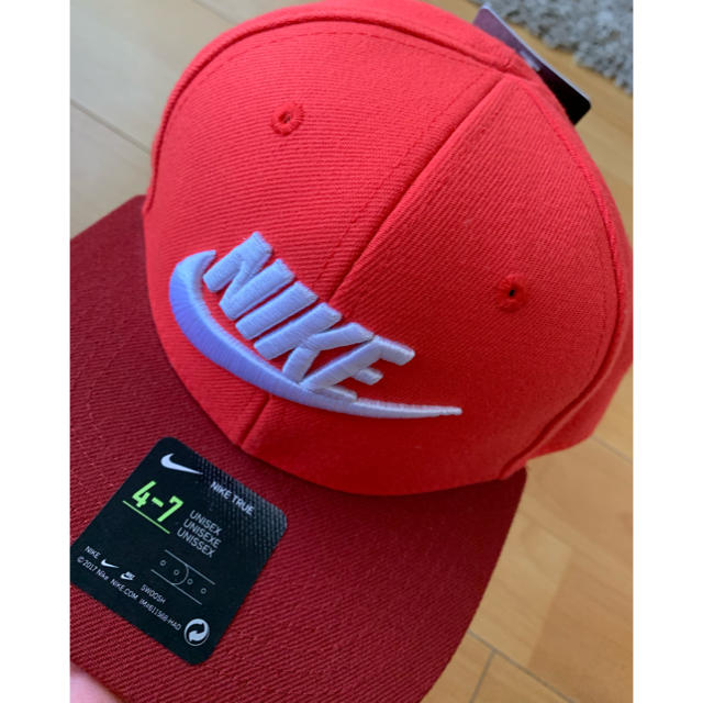 NIKE(ナイキ)のナイキキャップ キッズ/ベビー/マタニティのこども用ファッション小物(帽子)の商品写真