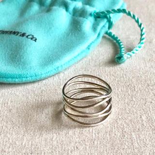 ティファニー(Tiffany & Co.)の極美品🔹TIFFANY&Co. ティファニー ウェーブ 5ロウ リング 17号(リング(指輪))