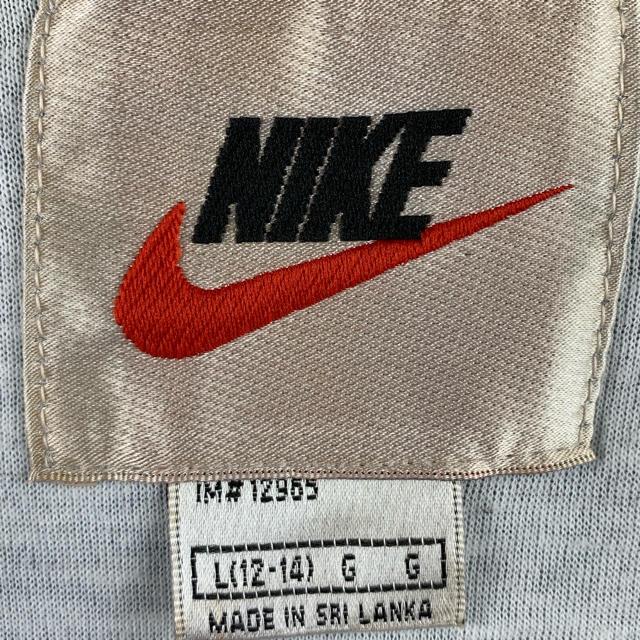 NIKE(ナイキ)のナイキ 銀タグ マルチカラー ゆるだぼ 90s ナイロン オフショルダー 可愛い メンズのジャケット/アウター(ナイロンジャケット)の商品写真