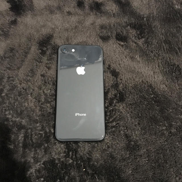 Apple(アップル)のyasu様専用 画面割れiPhone8(ジャンク)スペースグレイ スマホ/家電/カメラのスマートフォン/携帯電話(スマートフォン本体)の商品写真