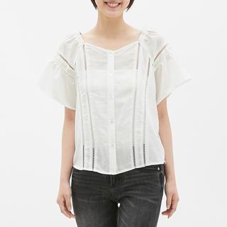 ジーユー(GU)のハシゴレースブラウス(半袖)SB (シャツ/ブラウス(半袖/袖なし))