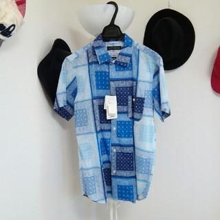ローズバッド(ROSE BUD)の新品 タグ付 ロースバッド 半袖シャツ ペイズリー柄(シャツ)