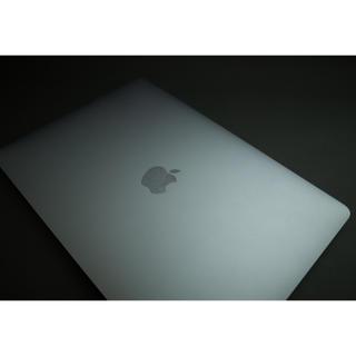 アップル(Apple)のMacBook Pro 2017 13インチ US i5 16GB 256GB (ノートPC)