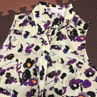 スライ(SLY)のSLY  シャツ(Tシャツ(半袖/袖なし))