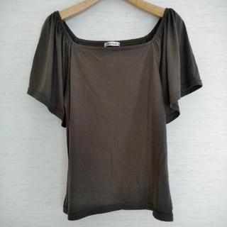 シマムラ(しまむら)のカーキ カットソー Mサイズ(カットソー(半袖/袖なし))