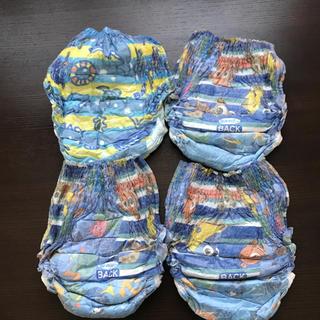 ニシマツヤ(西松屋)の水遊びパンツ  4枚(ベビー紙おむつ)