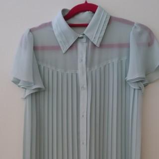 セシルマクビー(CECIL McBEE)のセシルマクビー ブラウス(シャツ/ブラウス(半袖/袖なし))