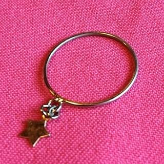 可愛いゴールド色の星形リング(リング(指輪))