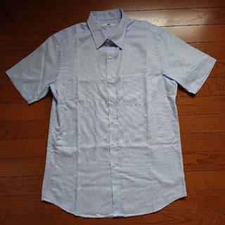ユニクロ(UNIQLO)のユニクロ★メンズシャツ★美品(シャツ)