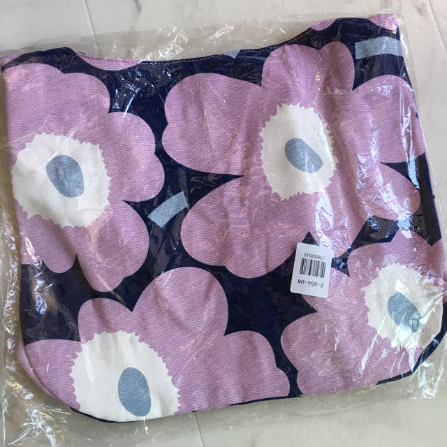 marimekko(マリメッコ)のマリメッコ ショルダーバッグ 新品未使用 レディースのバッグ(ショルダーバッグ)の商品写真