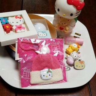 ハローキティ - サンリオ、キティちゃんの中のわかるコレクショングッズ4枚目小皿 ハローキティ