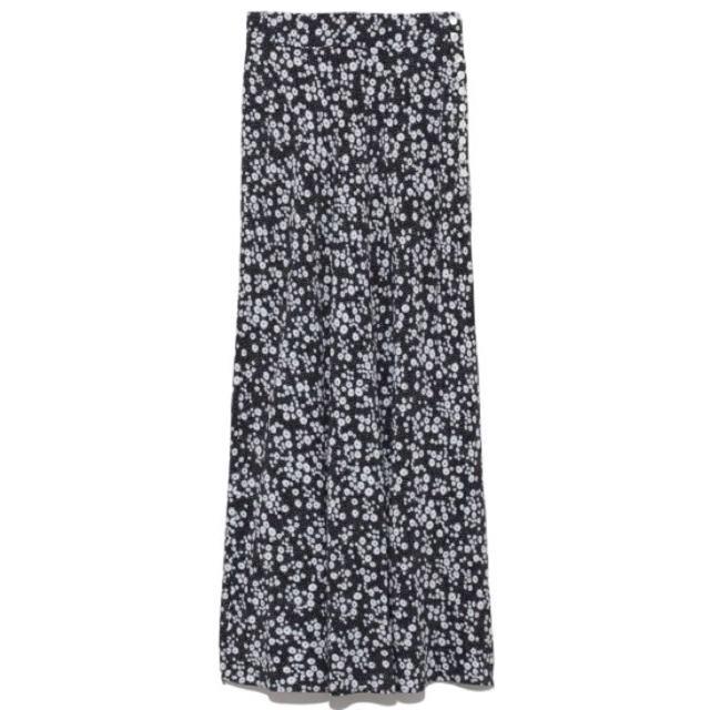 FRAY I.D(フレイアイディー)の完売品❤️ フレイアイディー ナローフレアフラワースカート ナロースカート 黒 レディースのスカート(ロングスカート)の商品写真