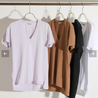 イエナ(IENA)のIENA AURALEE SEAMLESS VネックTシャツ(Tシャツ(半袖/袖なし))