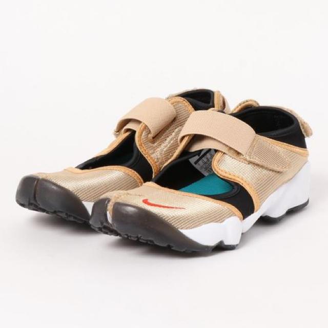 NIKE(ナイキ)のエアリフト  ゴールド《nnn様》 レディースの靴/シューズ(スニーカー)の商品写真