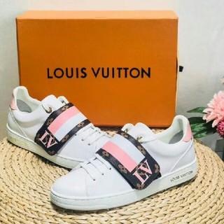 LOUIS VUITTON - lv可愛いスニーカー、高品質