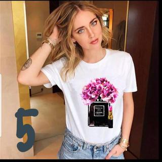 シャネル(CHANEL)のTシャツ Mサイズ(Tシャツ/カットソー(半袖/袖なし))