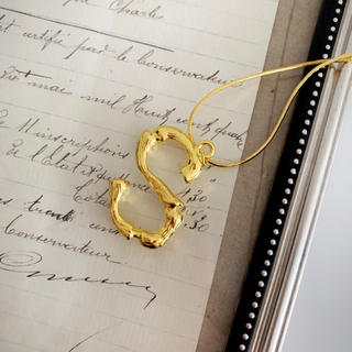 セリーヌ(celine)のイニシャル ネックレス ゴールド アルファベット S(ネックレス)