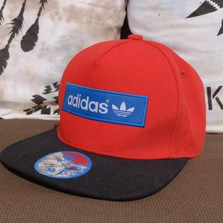 adidas - adidasキャップ 赤
