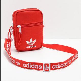 アディダス(adidas)の残り一点!!海外限定 アディダスオリジナルス ショルダーバッグ 赤(ショルダーバッグ)