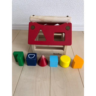 ファミリア(familiar)のファミリア おうちパズル 廃盤商品(知育玩具)