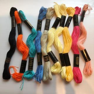 オリンパス(OLYMPUS)のオリンパス刺繍糸 T 合わせて10本(生地/糸)