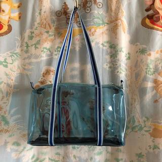 ミュウミュウ(miumiu)のミュウミュウ pvcバッグ ブルー(ハンドバッグ)